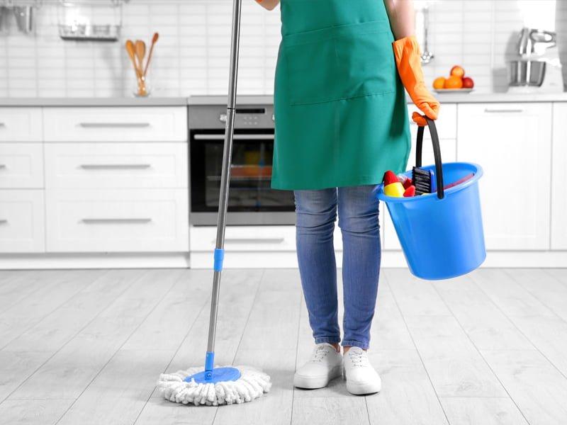 professional-condo-cleaner